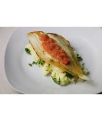 Камбала жареная в яйце с картофелем